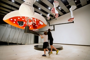 Carsten-Höller_-Flying-Mushrooms_-2015-©-Carsten-Höller.-Installation-View-Carsten-Höller-l-Decision_-Hayward-Gallery_-London-2015.-Courtesy-of-the-artist_-Photo-©-Linda-Nylind